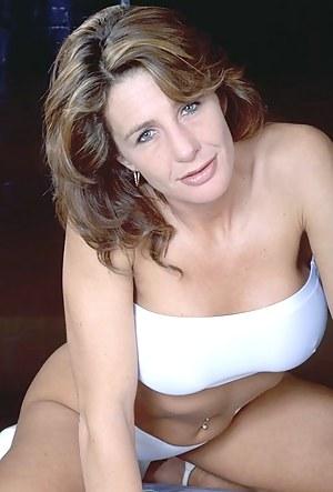 Moms Porn Pictures