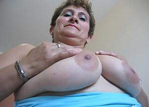 Fat Moms Tits Porn Pictures